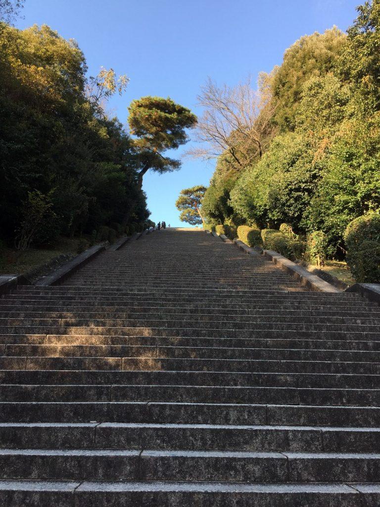 恐怖の10ブロック 合計230段の階段 ここは野球部時代のトレーニングの場で何往復も。